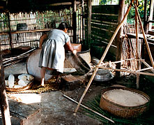 cestaria na  aldeia